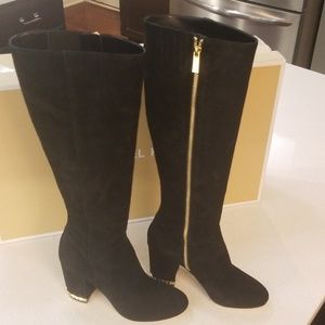 MICHAEL KORS NADINE suede boots (size 7M)